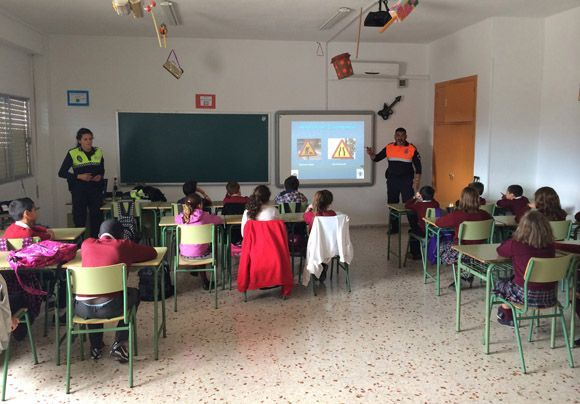 Cerca de 800 j+¦venes participan este a+¦o en la campa+¦a de educaci+¦n vial en Las Torres de Cotillas2