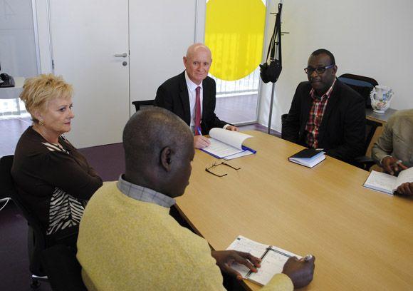 El Ayuntamiento torre+¦o y la Federaci+¦n de Asociaciones Africanas de Murcia firman un convenio de colaboraci+¦n