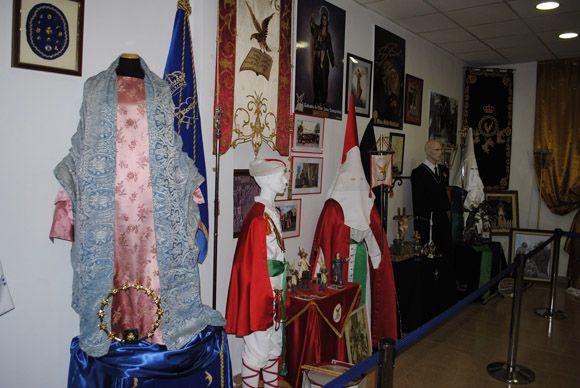 Las Torres de Cotillas arropa al Cabildo Superior de Cofrad+¡as en la inauguraci+¦n de su muestra permanente de la Semana Santa4
