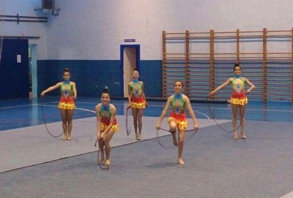 Una exhibici+¦n de gimnasia r+¡tmica re+¦ne a cerca de medio centenar de participantes en Las Torres de Cotillas3