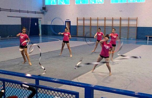 Una exhibici+¦n de gimnasia r+¡tmica re+¦ne a cerca de medio centenar de participantes en Las Torres de Cotillas5