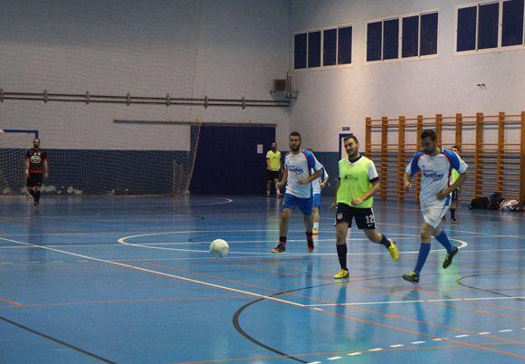 Peluquer+¡a Clemente gana el torneo local de f+¦tbol sala de Las Torres de Cotillas2