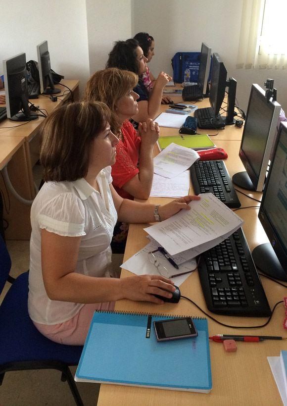 15 desempleados de Las Torres de Cotillas se forman en actividades administrativas en la relaci+¦n con el cliente de manera gratuita3