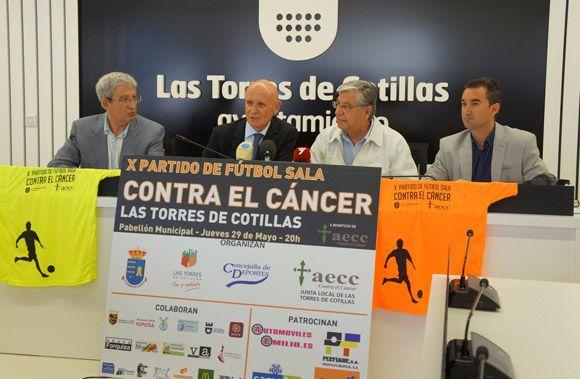 Las Torres de Cotillas se cita un a+¦o m+ís con el bal+¦n para recaudar fondos contra el c+íncer2