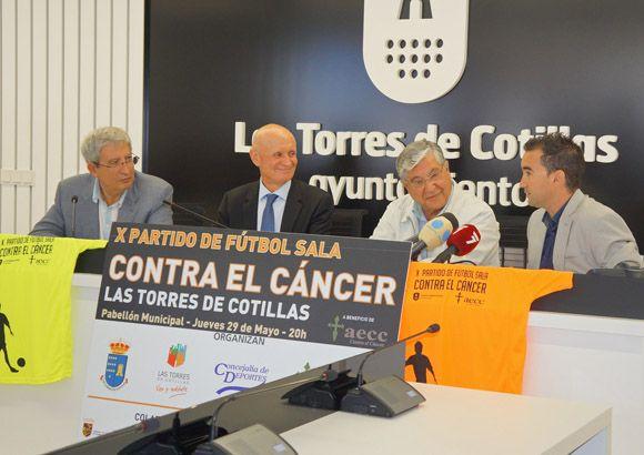 Las Torres de Cotillas se cita un a+¦o m+ís con el bal+¦n para recaudar fondos contra el c+íncer3