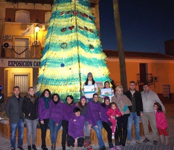 La Navidad y el reciclaje se dan la mano para iluminar y llenar de magia Las Torres de Cotillas 6 e1418126101692