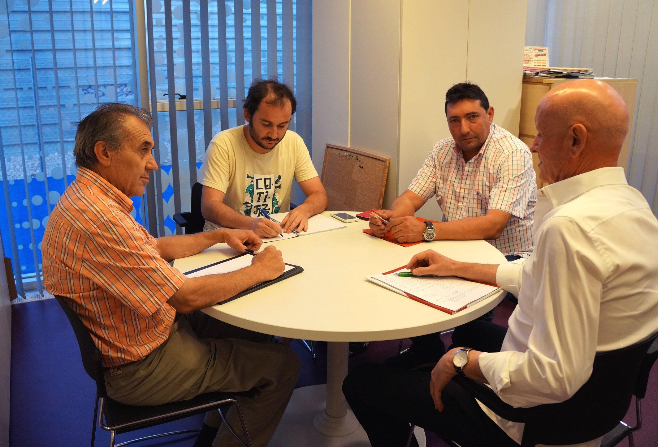 El alcalde torreño inicia las mesas de diálogo con la oposición para integrar sus propuestas en una línea de gobierno de consenso2