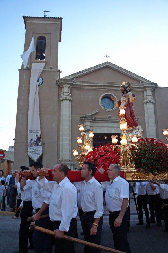 Las Torres de Cotillas acogió la tradicional procesión del Sagrado Corazón de Jesús3 e1434390387338