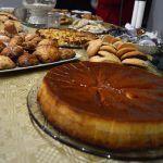 La asociación de mujeres 'Isabel González' comienza a disfrutar la Navidad con su tradicional degustación de dulces3