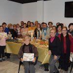 La asociación de mujeres 'Isabel González' comienza a disfrutar la Navidad con su tradicional degustación de dulces4