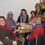 La asociación de mujeres 'Isabel González' comienza a disfrutar la Navidad con su tradicional degustación de dulces8