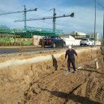 En marcha la reparación de un tramo de acera de la avenida del Trabajo afectado por la DANA2
