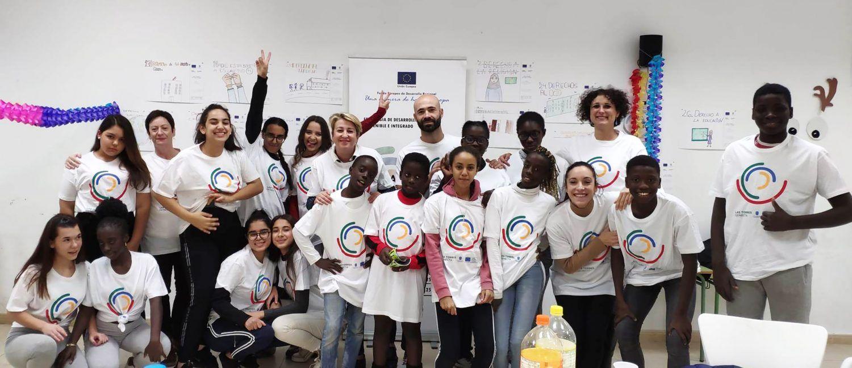 Fiestas infantiles para celebrar el día de los Derechos Humanos en el barrio del Carmen