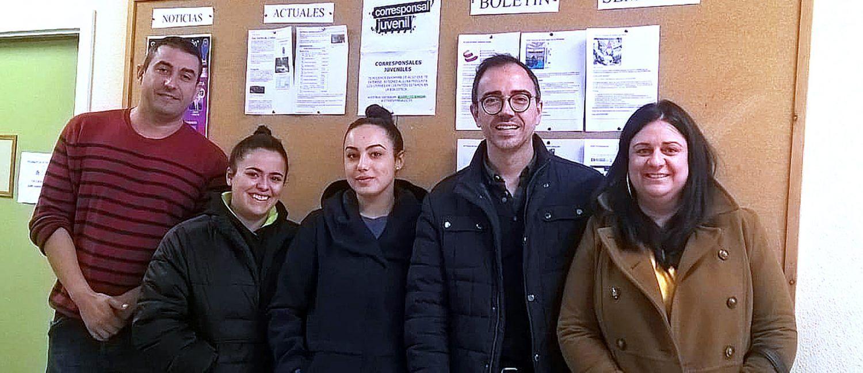 Encuentro de trabajo entre las corresponsales juveniles y el concejal de Juventud 1