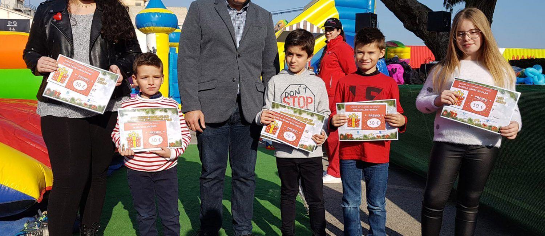 Los mejores del concurso escolar de postales navideñas ya tienen sus premios