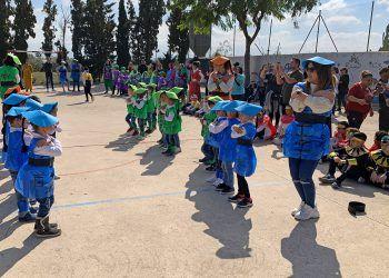 La vuelta al mundo del colegio Vista Alegre concluye con un gran baile multicultural8