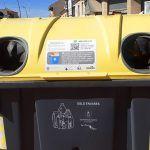 Vinilos informativos en los contenedores de Las Torres de Cotillas para facilitar el reciclaje2