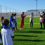 Cerca de 20 jóvenes torreños participan en un gymkana de atletismo en el polideportivo municipal2