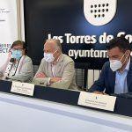 """El eurodiputado Marcos Ros se interesa por la EDUSI """"Las Torres Conecta"""" que cuenta con 5 millones de fondos FEDER3"""