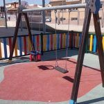 Renovada la zona de juegos infantiles del CAI Titina2